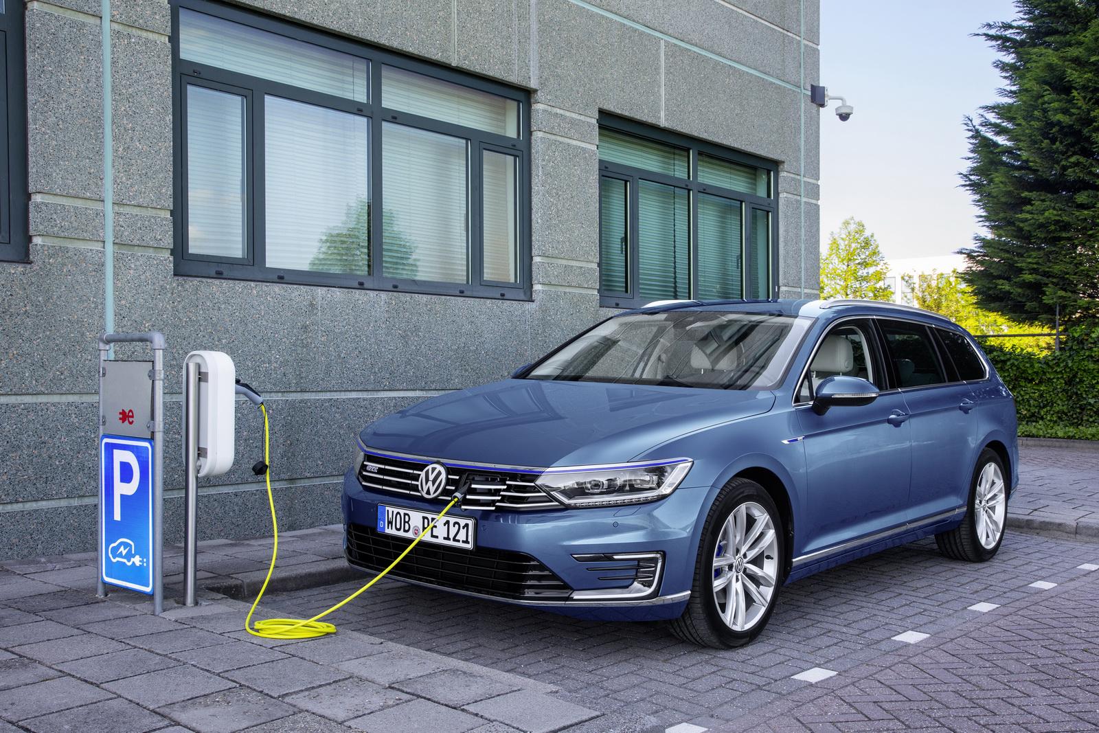 VW autosalón BA