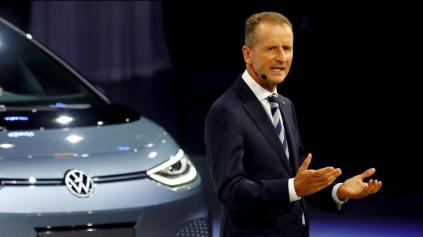 VW je neefektívny, musí zmeniť kurz, tvrdí jeho šéf Herbert Diess