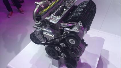 Koenigsegg stavia 1,6 litrový motor s výkonom 400 koní