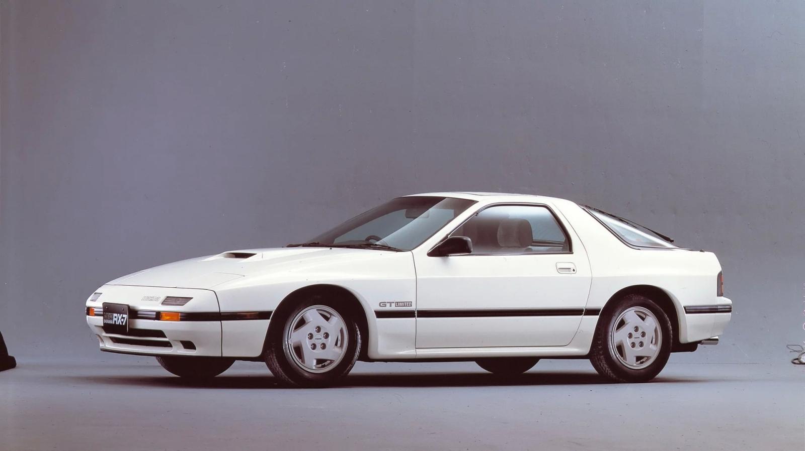 Mazda RX-7 oslavuje 40 rokov