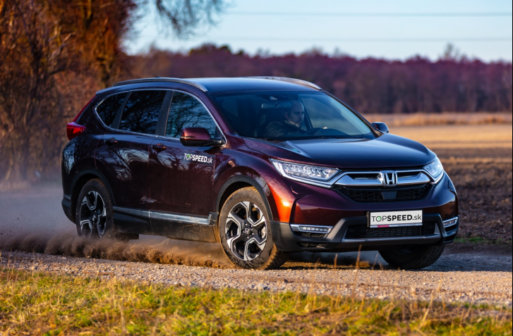 TEST HONDA CR-V 1.5 VTEC TURBO AWD: LEGISLATÍVE PO SRSTI