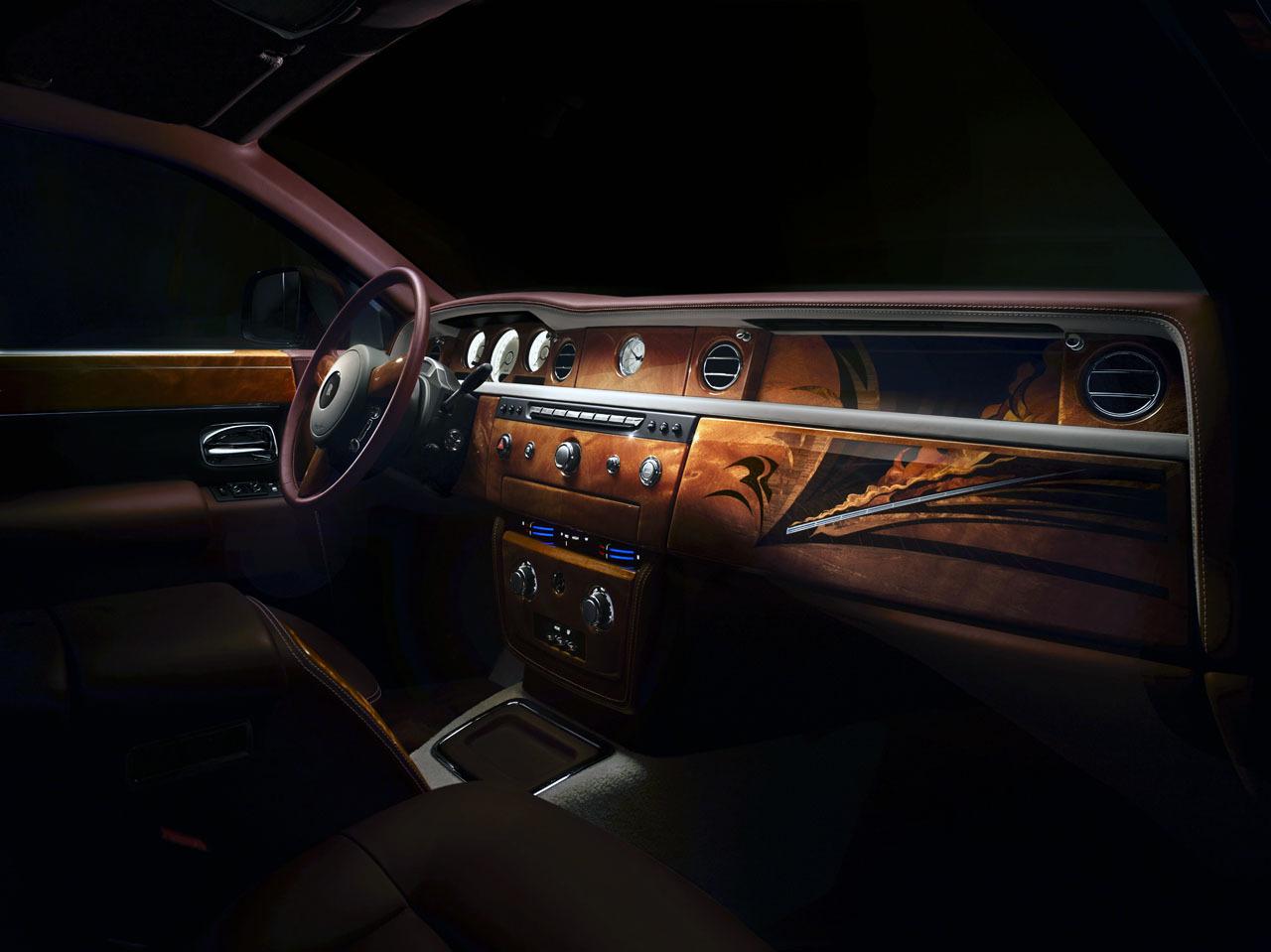 Rolls Royce Pinnacle Travel Phantom