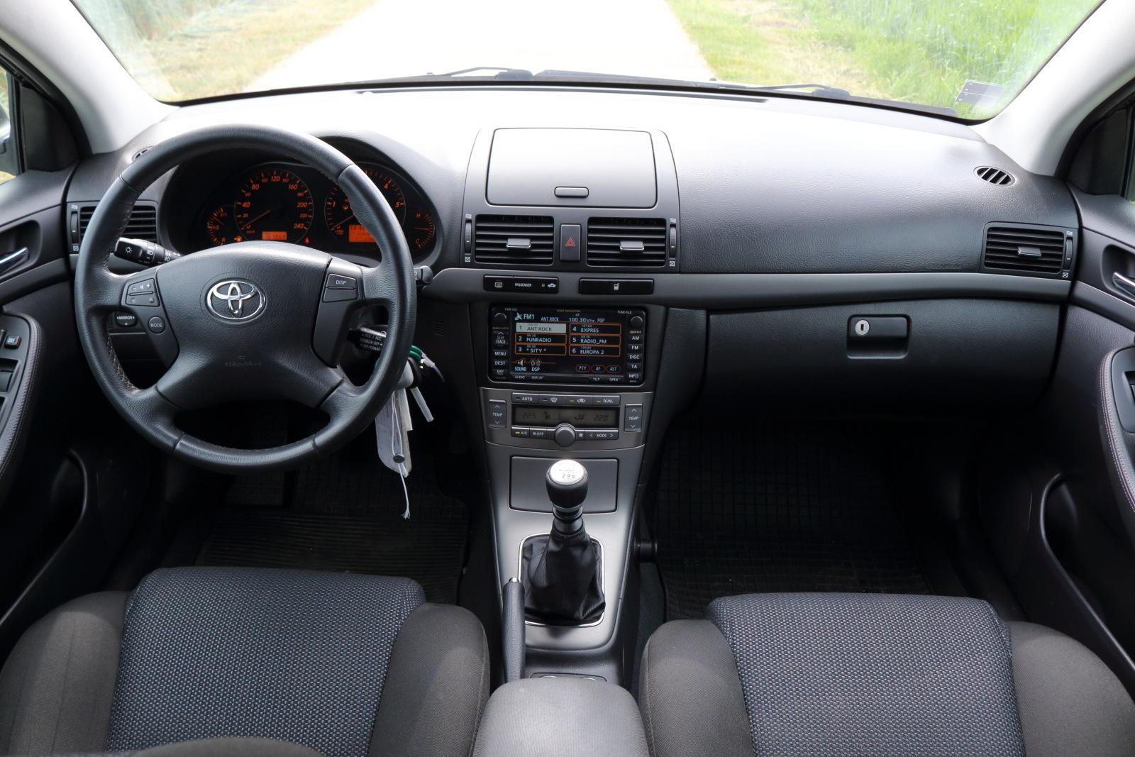 Test jazdenky Toyota Avensis