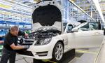 Automobilky tento rok investovali do nových tovární menej