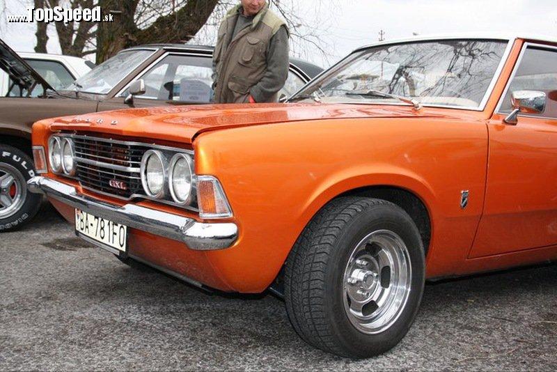 Oranžova Cortina získala v súťaži o najkrajší Ford I. miesto