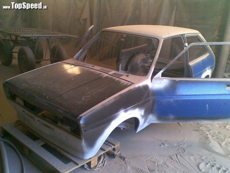 Ford Fiesta Mk1 na začiatku renovácie
