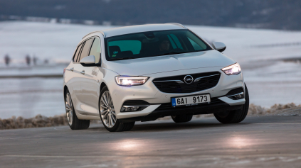 TEST OPEL INSIGNIA SPORTS TOURER 2,0 CDTI