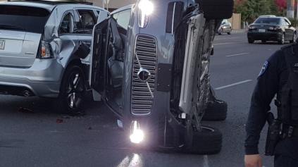 Autonómne Volvo XC90 od Uber-u malo vážnejšiu nehodu