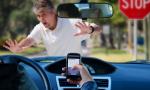 V Austrálii používanie telefónov za volantom odhalí nová kamera