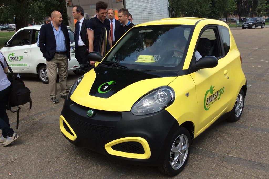 """Sharengo Point je strednodobý a dĺhodobý prenájom elektromobilov ZD. Na  vhodných miestach v meste sa vytvárajú """"Pointy"""" 328169fb81e"""