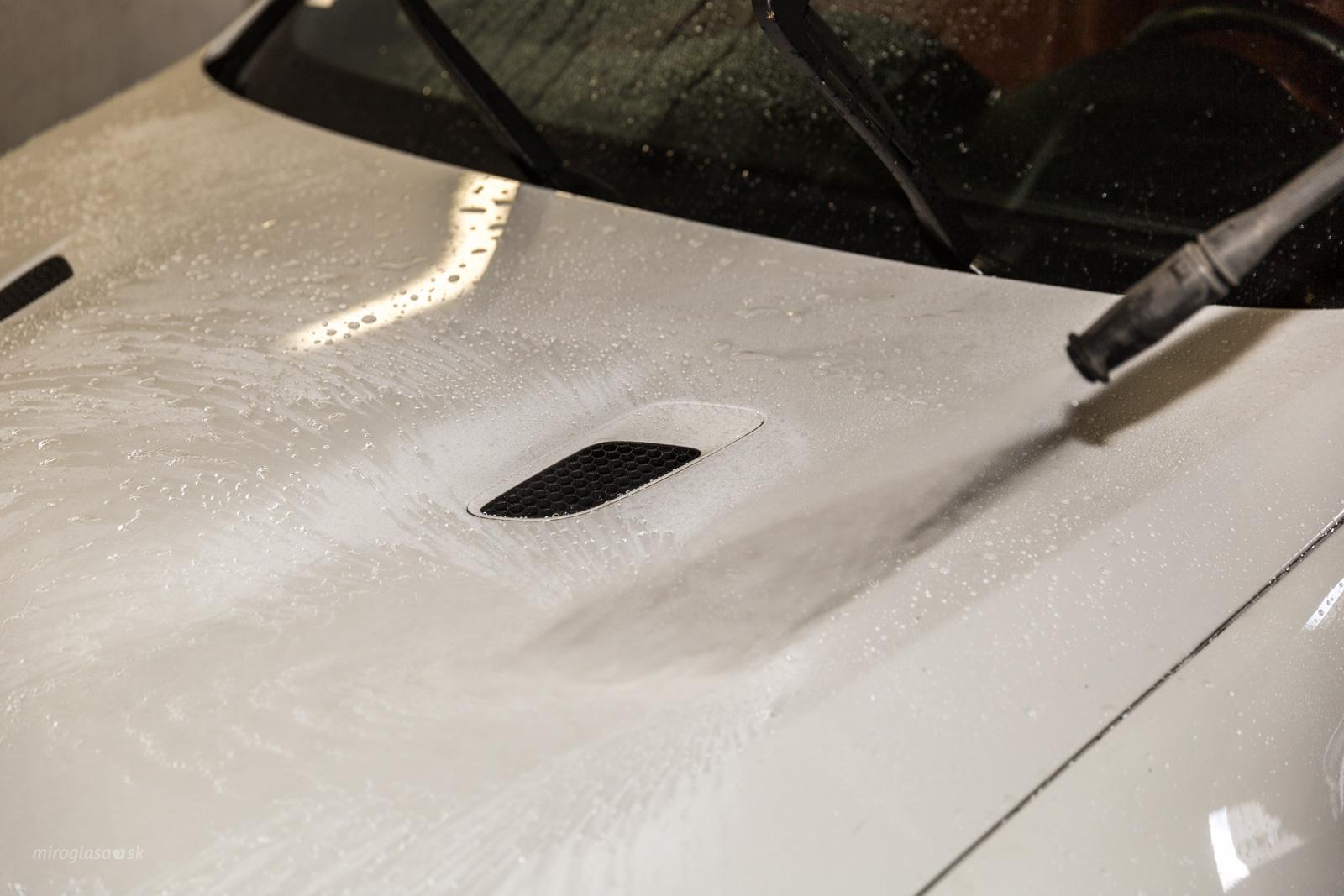 Čo by ste svojmu autu mali dopriať, aby ostalo dlho opticky vporiadku?