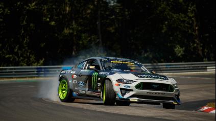 Gittin Jr. za volantom 900k Mustangu predriftoval Nürburgring