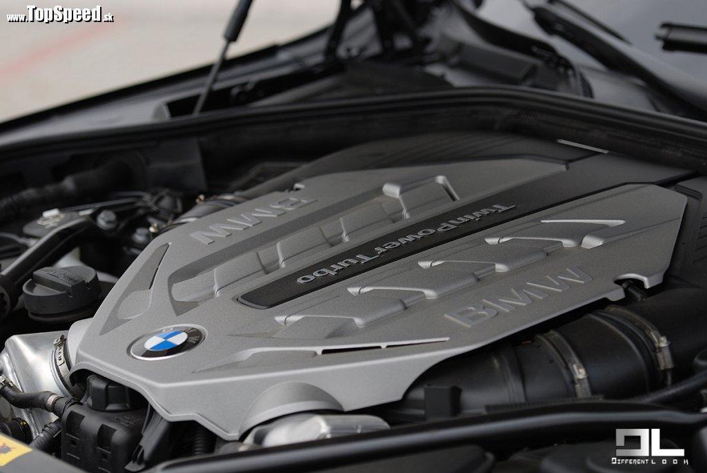 Spaľovací motor v BMW Active Hybrid je rovnaký, s rovnakými parametrami ako majú modely 750i a 550i.