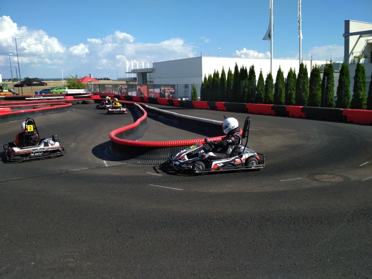 KWC má za sebou polovicu kvalifikačných pretekov