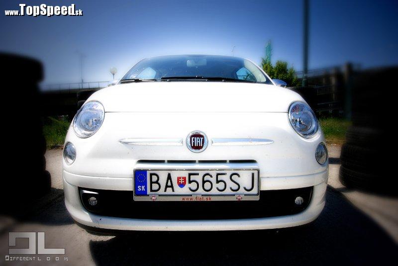 Skutočná tvár Fiatu 500. Už z diaľky viete, s kým máte tú česť.