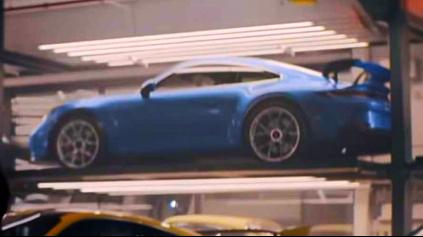 Porsche vo videu poodhalilo novú 911 GT3 992