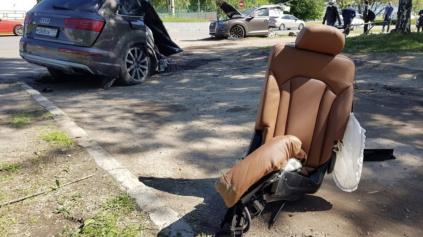 ŠIALENÁ NEHODA AUDI Q7 V RUSKU. SUV ROZSEKOL NA POLOVICE A ODKRÁČAL