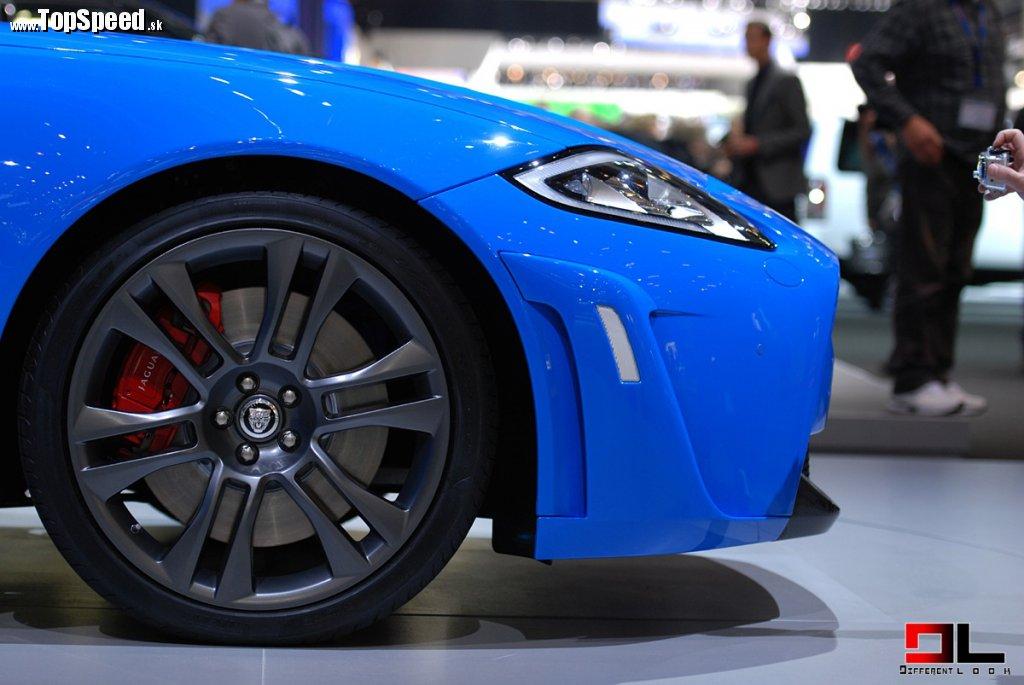 20 disky Vulcan apneu Pirelli P Zero 255/35 R20 vpredu a295/35 R20 vzadu priniesli celkové zníženie neodpruženej hmotnosti o4,8kg.