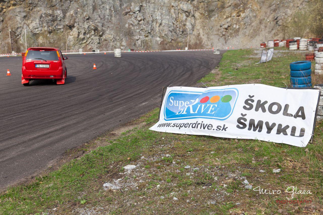 I-autoslalom-2013-paddock-pezinok