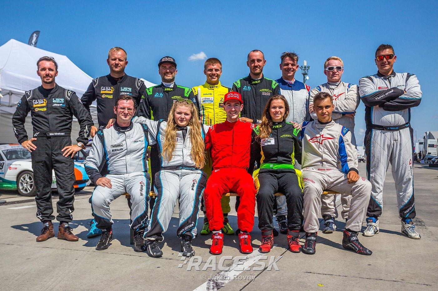 Inter Cars MX-5 Cup bavil divákov na Veľkej Cene SR